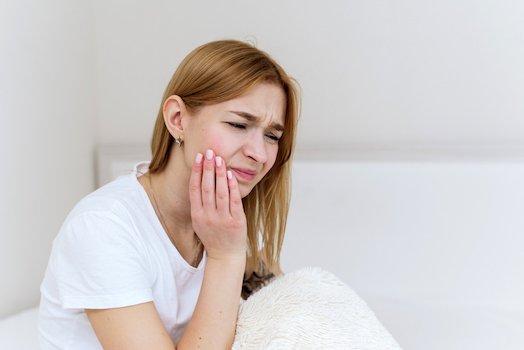 sensitive teeth treatment melbourne cbd